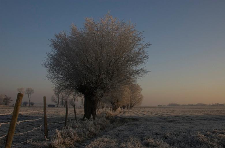 Winterlandschap - Beste Zoomers<br /> Deze foto is gemaakt op de laatste winterse dag, nl. zaterdag ll.<br /> Mvg<br /> Eskavezet