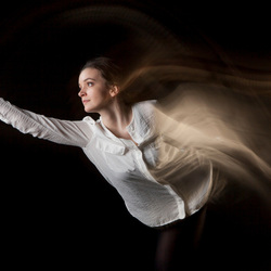 Dancer in motion, Samantha
