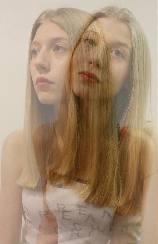 Mijn realiteit  - ik Ben een dagdromer, ik stap telkens uit men eigen lichaam en verken de hele wereld zo.