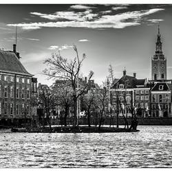 Den Haag in B&W.jpg