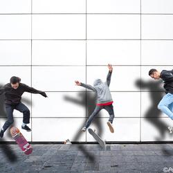 3 skateboarders