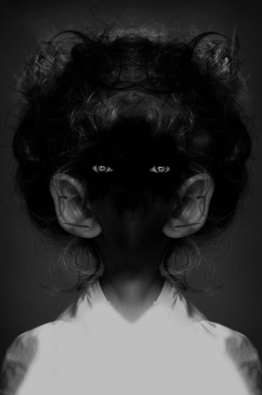 Head Off - Made by Charlotte Valerie Feijen<br /> Zie ook mijn website: www.charlottevalerie.nl
