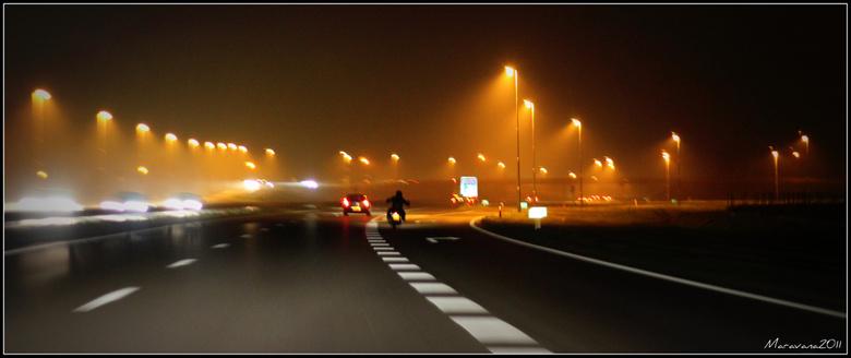 Nachtelijke rit... - Onderweg in de nacht...