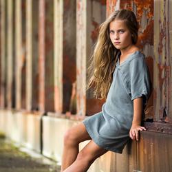 Linn Myny 9 jaar en eerste fotoshoot.