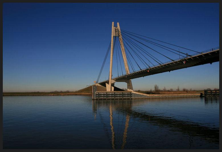 Eilandbrug -