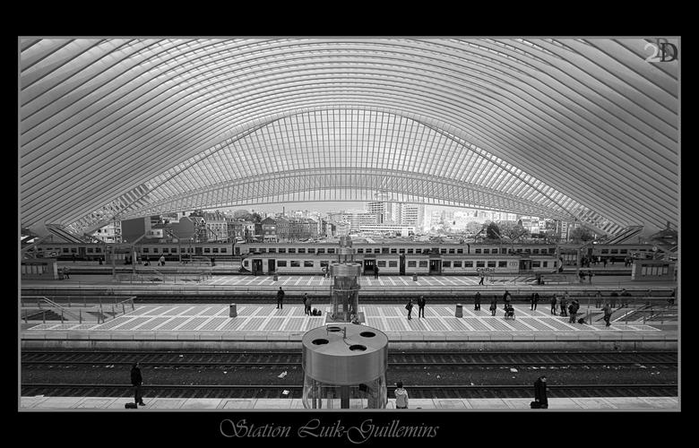 Station Luik-Guillemins - Ik had mezelf al eens beloofd om hier te gaan kijken maar dit was er nog nooit van gekomen.<br /> Deze week op bezoek in Lu