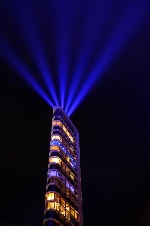 Vestedatoren (Eindhoven) - Het lichtkunstfestival 'Glow' ging in 2020 niet door, maar de inwoners en bezoekers van Eindhoven werden toch get