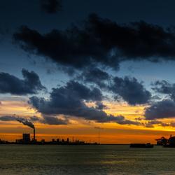 Zonsondergang Maasvlakte