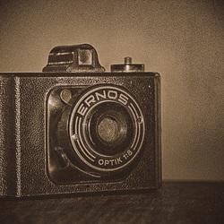Ernos - Spionage camera 80's