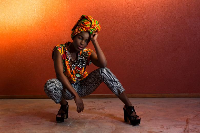 Africa glamour - Afrikaanse printen in een modern jasje