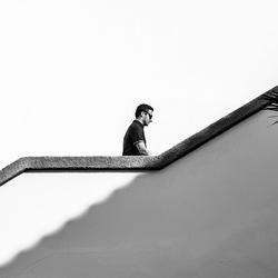 Man op de trap