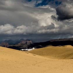 Stulpje in de woestijn