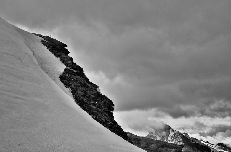 Op het randje - Zwitserland , opname boven op de Gornergrat.