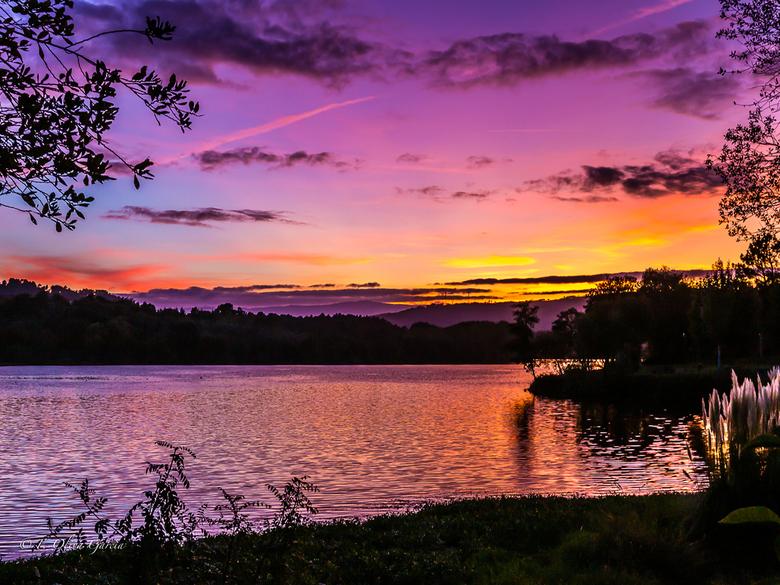puesta de sol en Laias -