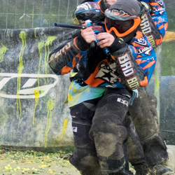 Paintball's for the opponent !!
