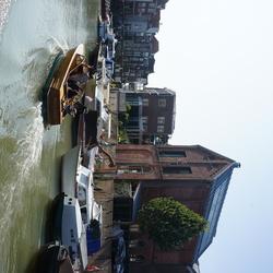 Boot op het water in Dordrecht