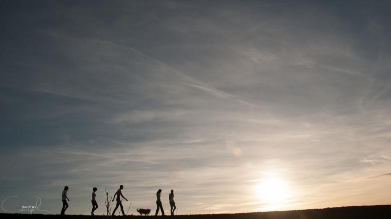family walk - een mooie avondwandeling met ondergaande zon... en het is nog heerlijk warm...