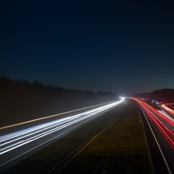 A27 bij nacht