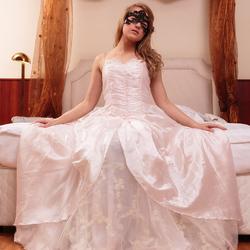 de bruid in de bruidssuite 1