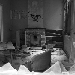 Verlaten / Abandon