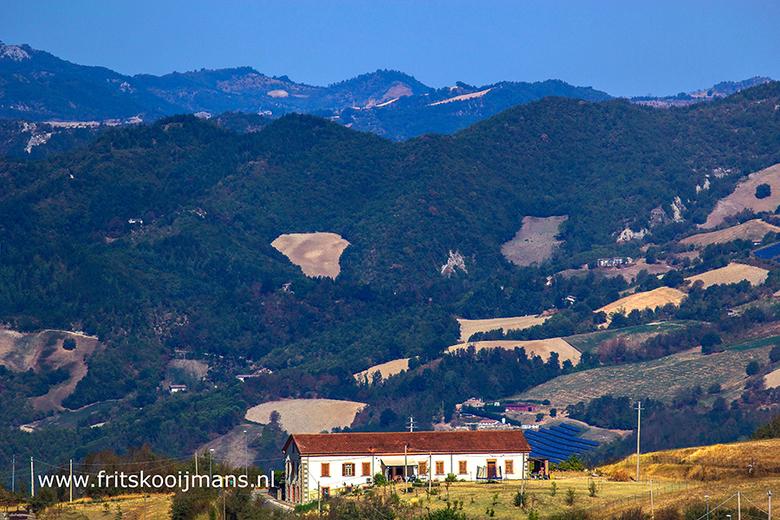 Uitzicht vanaf camping Perticara