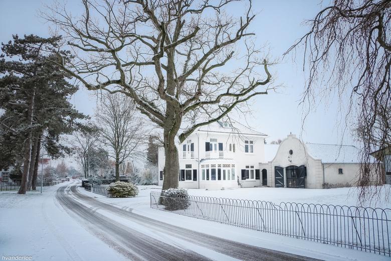 Het witte huis - In Ommeren afgelopen vrijdag, bedankt allen die op mijn vorige foto's hebben gereageerd.