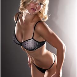 Model Lesley