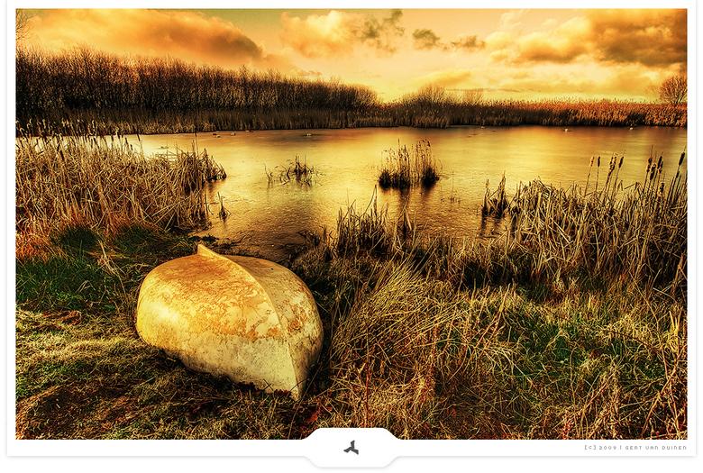 Frozen - Location: Onstwedde - natuur reservaat De Veenhuizerstukken (Noord) - Sikkenbergweg - Groningen<br /> <br /> Technique: DRI (Dynamic Range