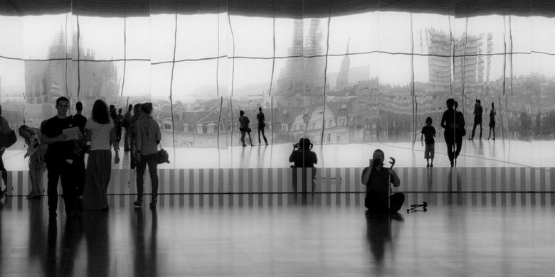 Pompompidou 2 - You shoot me, I'll shoot you 2