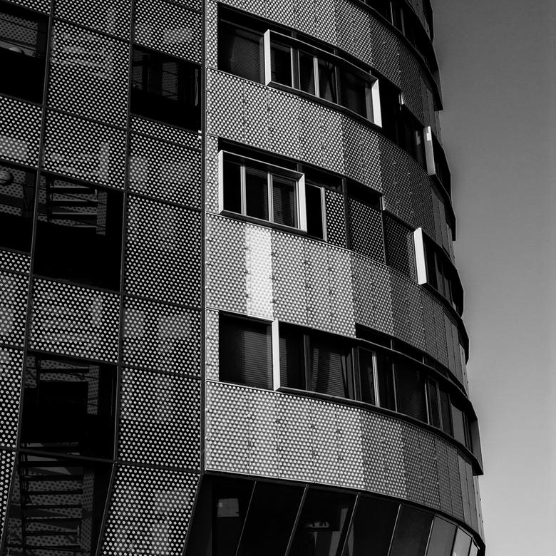 Station Arnhem 24 - Vandaag in de zwart-wit modus