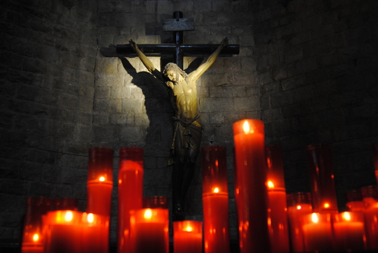 Jezus Christus - Jezus Christus aan het kruis in een kerk in Barcelona.