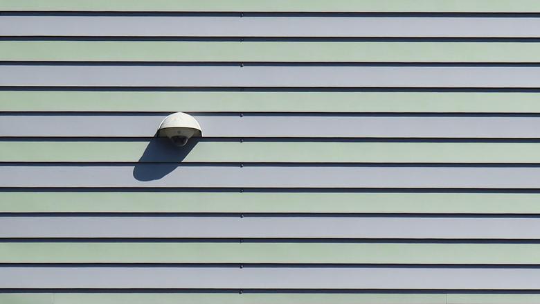 Cameratoezicht - Cameratoezicht op een bedrijventerrein in Assen.