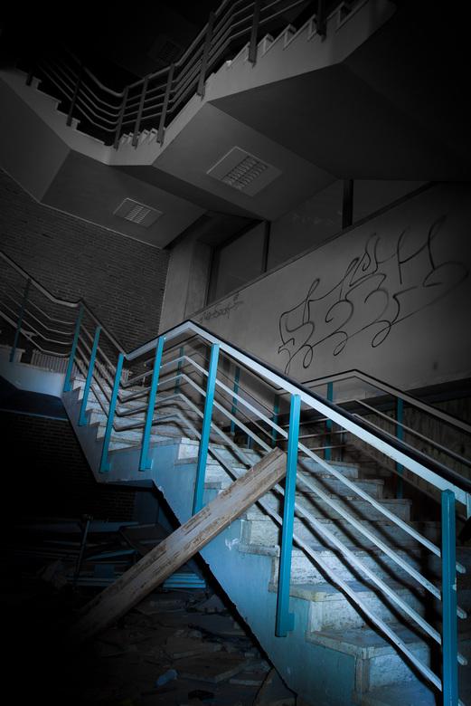 Blue Stairs - J.Z. - Juliana ziekenhuis.