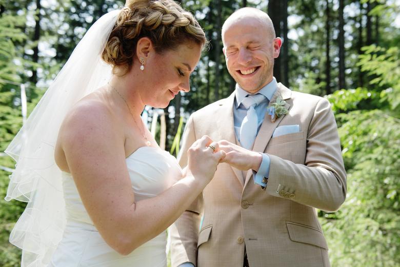 lol - heerlijk als een bruidspaar zo'n lol heeft!