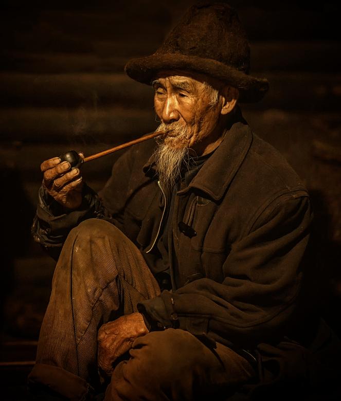 Lisu man - Lisu man in het noordwesten van Yunnan