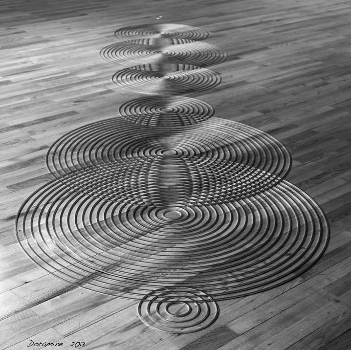Silver Circles - De foto is gemaakt in Museu Colevao Berardo in Lissabon