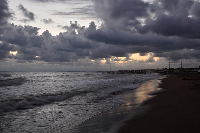 zon, zee en strand ... of missen we iets? -