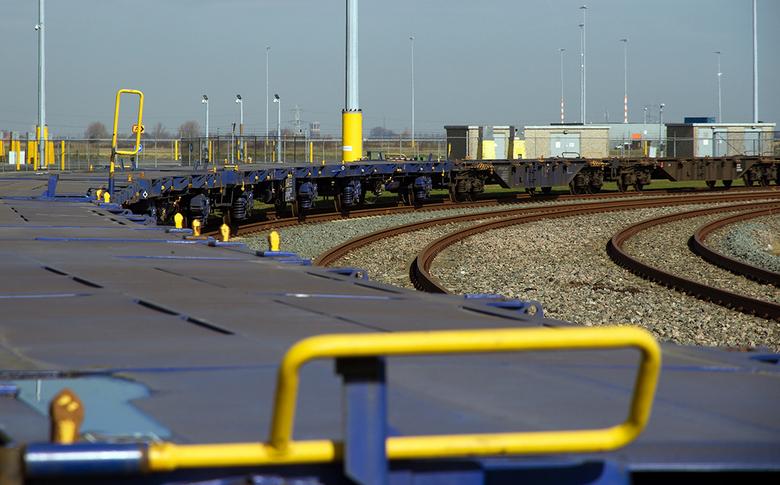 Westelijk havengebied 3 - De containers zijn gelost of moeten nog geladen worden.<br />