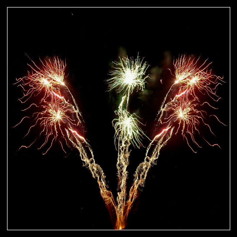 """Bastille - Op 14 juillet wordt zoals altijd de Revolutie gevierd.<br /> <br /> <img  src=""""/images/smileys/smile.png""""/> Beter laat dan nooit toch?<br"""