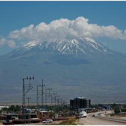 De machtige berg Ararat