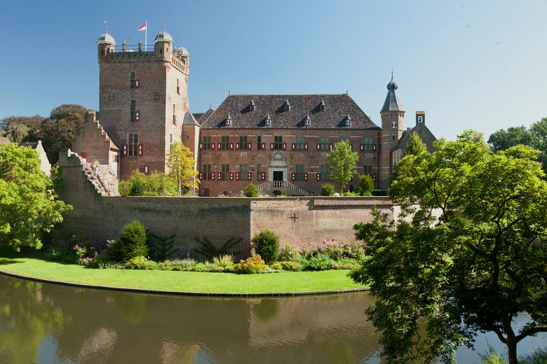 Huis Berg - Het kasteel Huis Berg in 's Heerenberg, de Liemers.