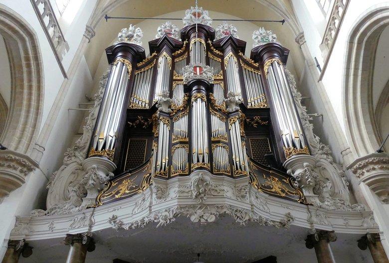 P1040619 Dordrecht Grote Kerk Kamorgel 1671  23okt 2018  - Hallo Zoomers , GROOT kijken en even lezen . De Grote kerk Dordrecht was al een belevenis v
