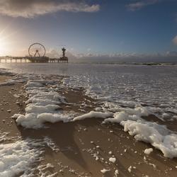 Zonsondergang op Scheveningen strand