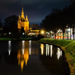 Sassenpoort Zwolle in avondlicht