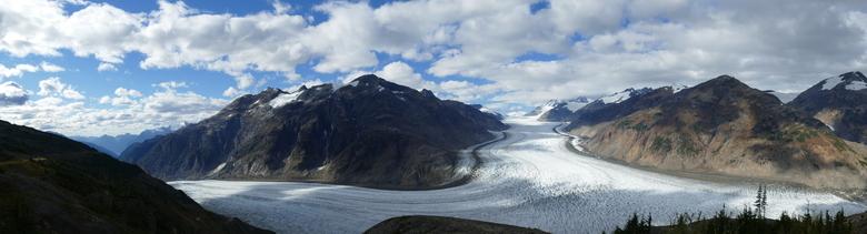 Salmon Glacier (panorama) - Salmon Glacier