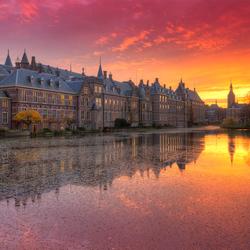 Prachtige zonsondergang bij het Binnenhof