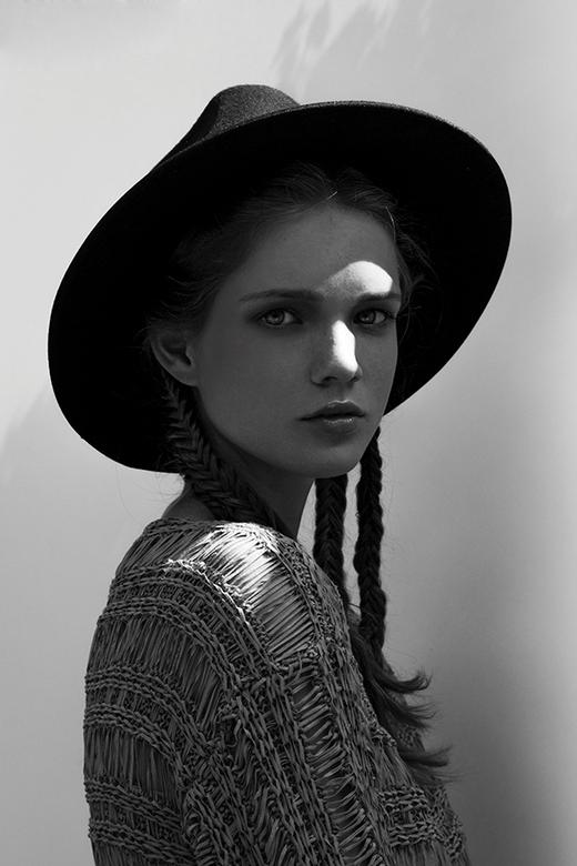 Britt @ Fourteen Model Management - www.jamiedeleeuw.com