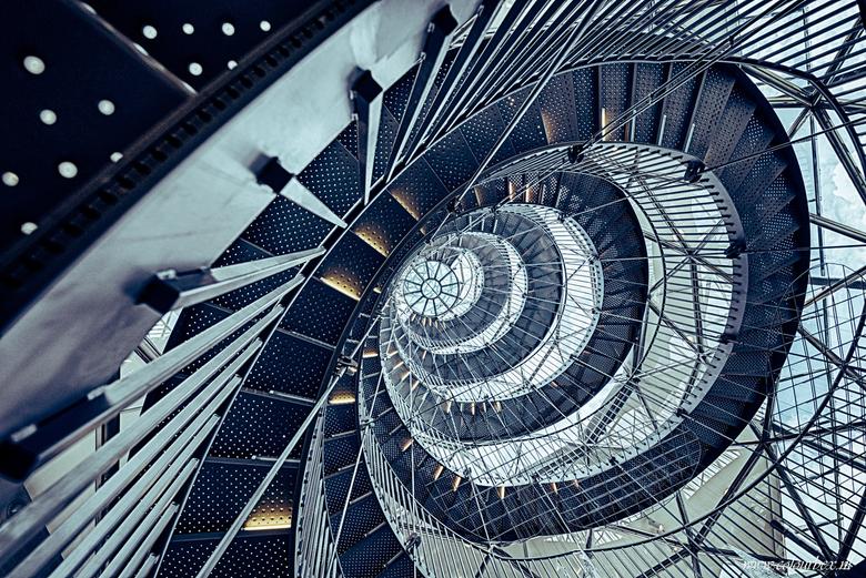 Industrial lines  - Afgelopen week deze fantastische, unieke industriële trap mogen fotograferen.<br /> <br /> Benieuwd naar meer van mijn trappen f