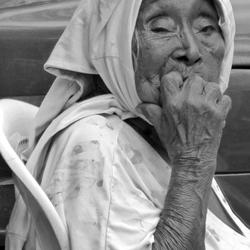 Nicaragua Oud vrouwtje op de markt