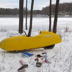 Quest aan zweeds meertje in de winter